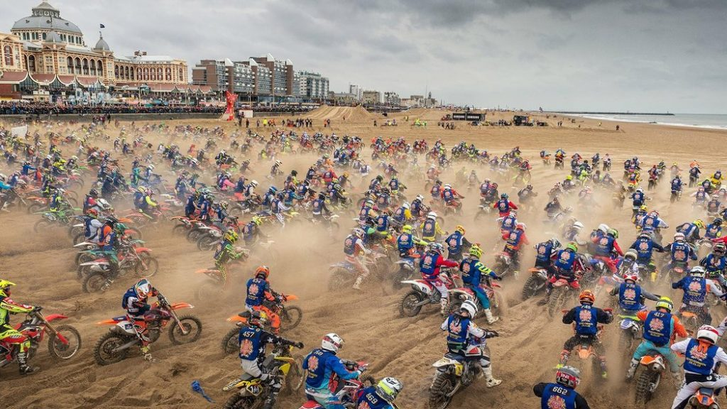 World's toughest beach race in the Netherlands 1