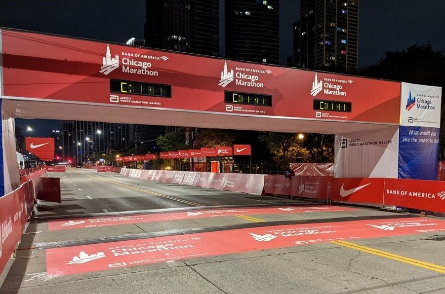 The streets of Chicago & Boston filled with racers 12