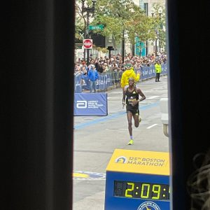 The streets of Chicago & Boston filled with racers 8